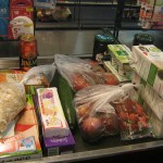 Verschiedene Waren im Supermarkt