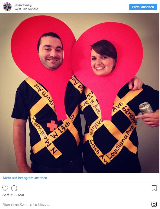 Mann und Frau mit Google Maps Karnevalskostüm